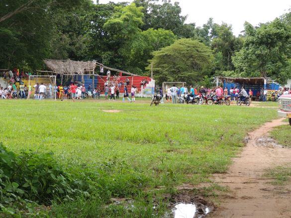 Los sahagunenses que practican el sóftbol, requieren con urgencia de un escenario deportivo donde practicar este deporte.