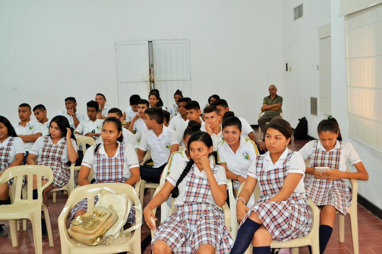 salón blanco de la Institución educativa El Nacional